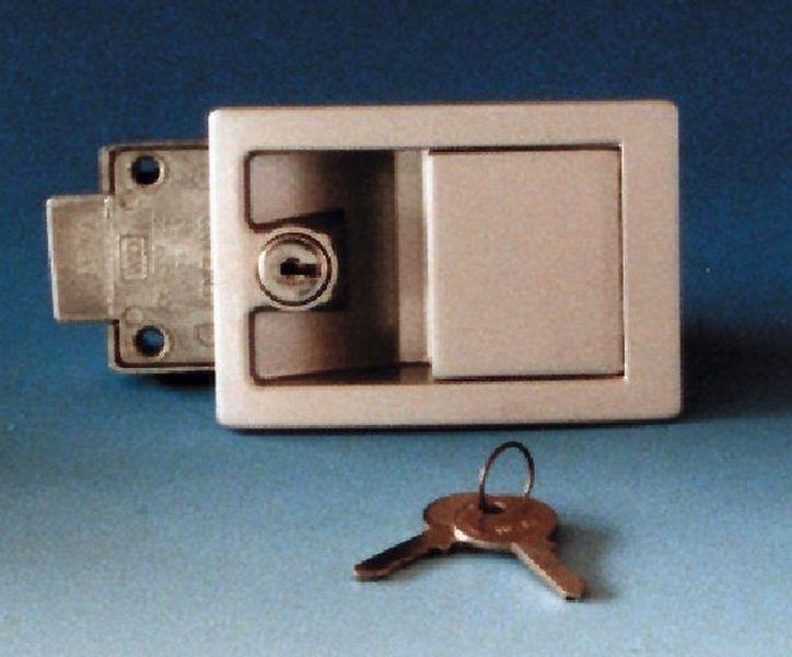 Cuanto cuesta cambiar cerradura free beautiful amazing - Precio bombin puerta ...