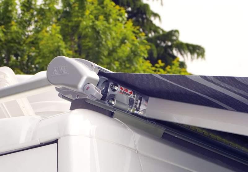 Toldo f65s tienda on line camping tienda de accesorios for Accesorios para toldos enrollables